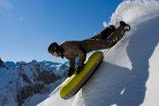 Freeride airboarding in the Pyrenees