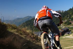 DH Mountain biking in the Ariege