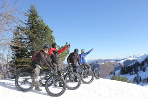 Fatbiking in winter in the Pyrenees