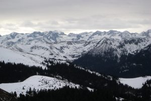Snowshoeing in the Barousse area