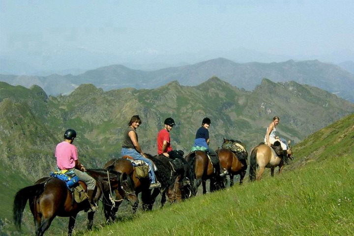 A Horse riding holiday in the Ariege Pyrenees