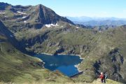 Hiking down to Etang Araing in French Pyrenees