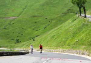 Pace yourself when cycling in the heat