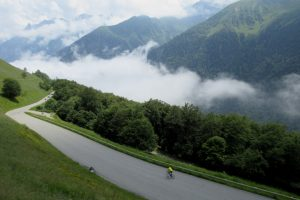Cycling tips for descending