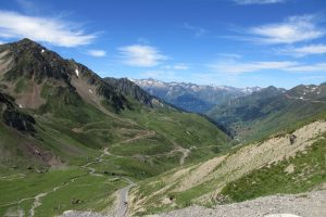 Col cycling tips Tourmalet Pyrenees
