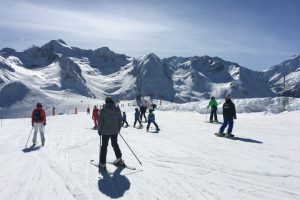 Resort skiing at Peyragudes Pyrenees