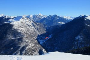 paragliding descent to Luchon