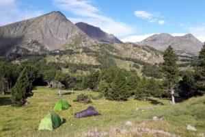 Camp on a horse riding holiday in Pyrenees