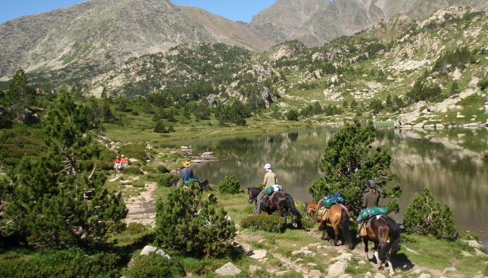 Horse riding holiday in Pyrenees