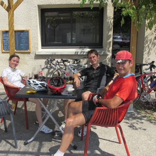 Pyrenees cycling cafe stop