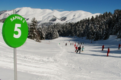 Skiing for beginners at Val Louron