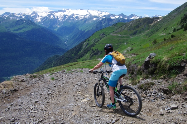 Enduro style MTB holiday in the Pyrenees