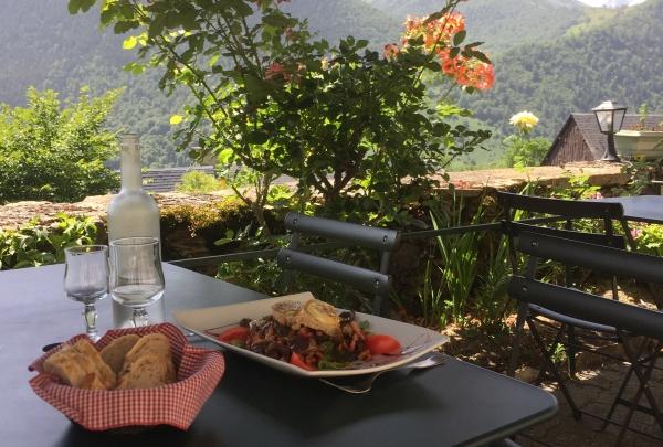 Eating dinner on a sunny terrasse