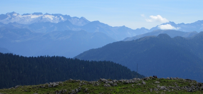 Mindful hiking Pyrenees mountain views